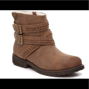 Roxy Rowan Boots